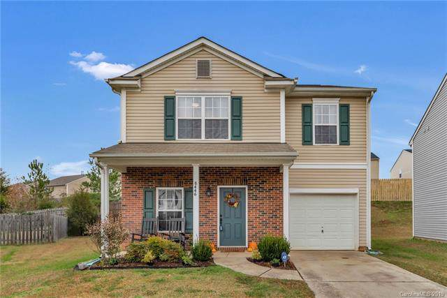 8446 Ainsworth Street, Charlotte, NC 28216 (#3570188) :: Besecker Homes Team