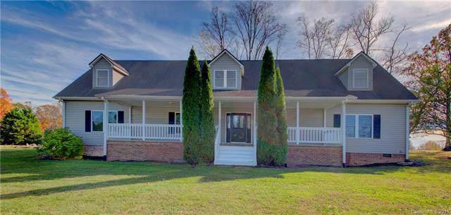 3999 Chimney Rock Road, Hendersonville, NC 28792 (#3570258) :: Rinehart Realty