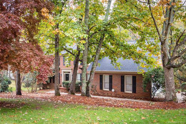3933 Bellingham Lane, Charlotte, NC 28215 (#3570332) :: Zanthia Hastings Team