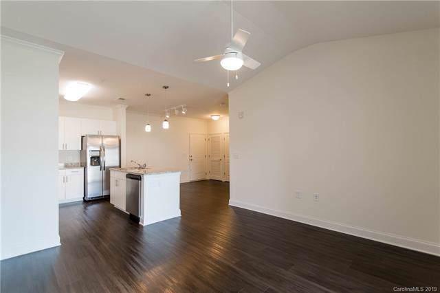 9114 Mcdowell Creek Court #300, Cornelius, NC 28031 (#3570372) :: Scarlett Property Group