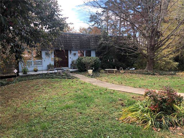 50 Skyline Road Extension, Hickory, NC 28601 (#3570422) :: Stephen Cooley Real Estate Group