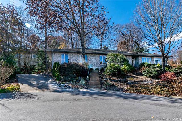 100 S Carriage Square Court S, Hendersonville, NC 28791 (#3570496) :: Caulder Realty and Land Co.