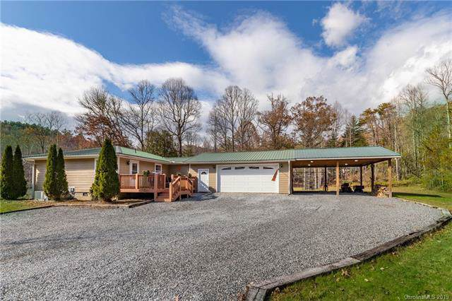 3495 Frozen Creek Road, Brevard, NC 28712 (#3570553) :: Keller Williams Professionals