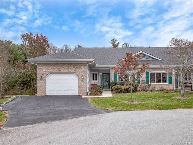 22 Country Meadows Lane, Hendersonville, NC 28792 (#3570739) :: Homes Charlotte