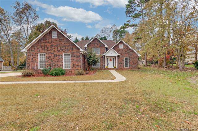 136 Trollingwood Lane, Mooresville, NC 28117 (#3570801) :: Caulder Realty and Land Co.