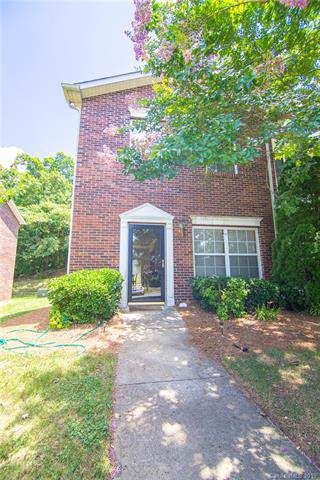2454 Ryerson Court, Charlotte, NC 28213 (#3570822) :: Odell Realty