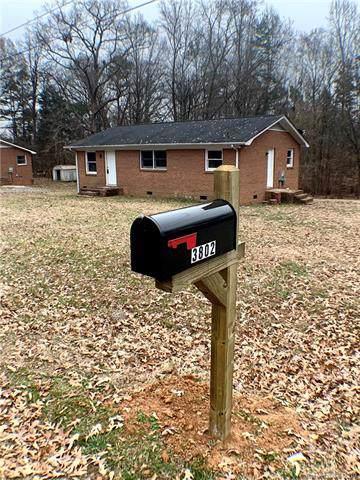 3802 Vanderburg Drive S, Concord, NC 28025 (#3570922) :: Stephen Cooley Real Estate Group