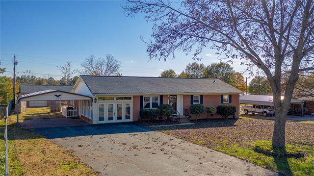 1832 Cameron Road, Lincolnton, NC 28092 (#3570936) :: Miller Realty Group