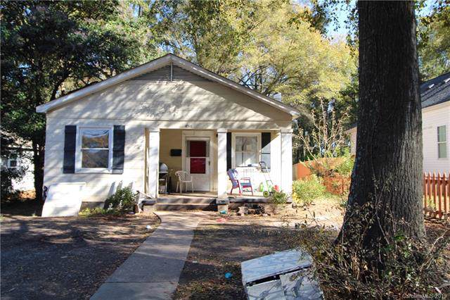 4518 Wildwood Avenue, Charlotte, NC 28208 (#3570952) :: Roby Realty