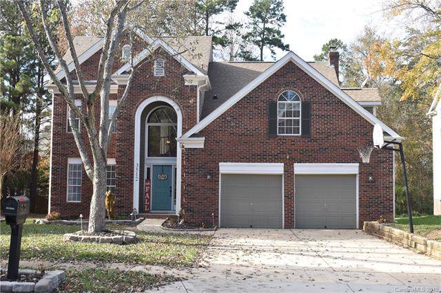 3512 Brownes Ferry Road, Charlotte, NC 28269 (#3570972) :: Washburn Real Estate
