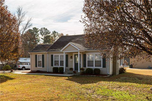 3546 Gastonia Highway, Lincolnton, NC 28092 (#3571107) :: Miller Realty Group