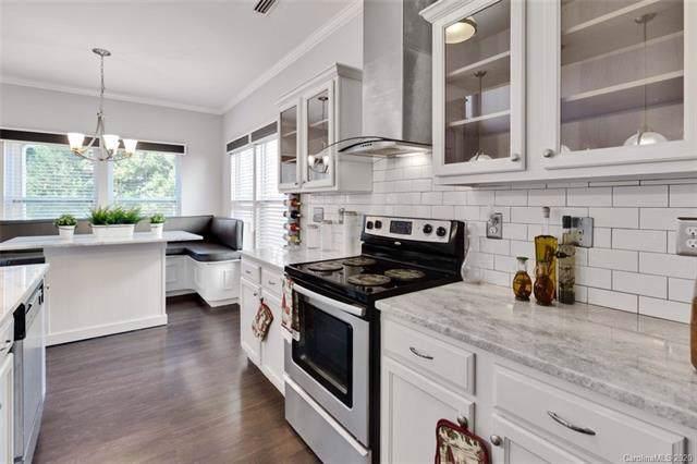 9601 Fernspray Road, Charlotte, NC 28215 (#3571140) :: Cloninger Properties