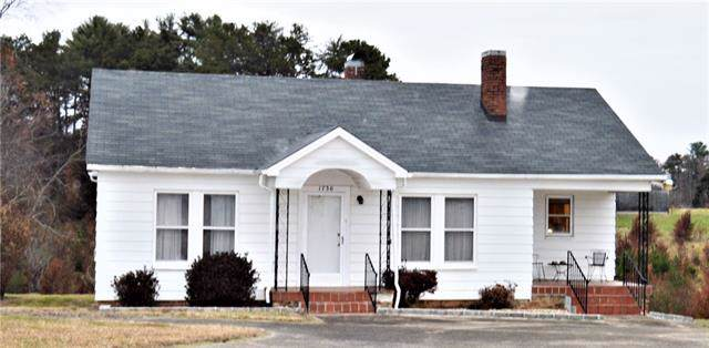 1736 Cajah Mountain Road, Hudson, NC 28638 (#3571170) :: High Performance Real Estate Advisors