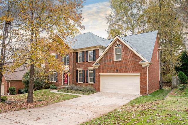 4837 Biltmore Forest Drive, Matthews, NC 28105 (#3571187) :: SearchCharlotte.com