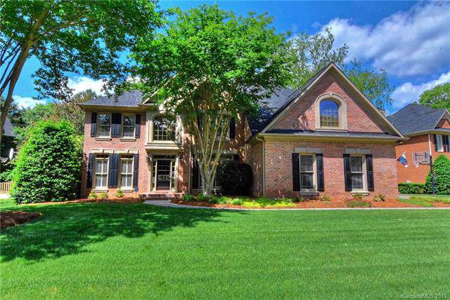 8722 Woodmere Crossing Lane, Charlotte, NC 28226 (#3571199) :: Stephen Cooley Real Estate Group