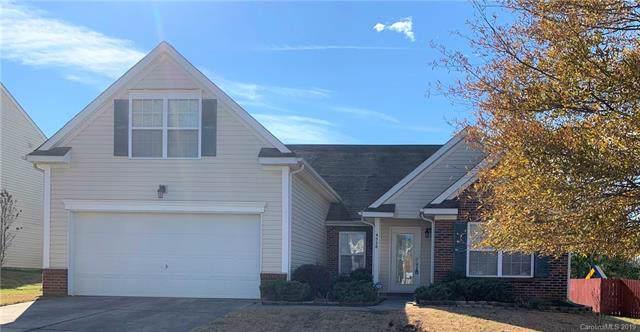 4528 Larkhaven Village Drive, Charlotte, NC 28215 (#3571215) :: Francis Real Estate