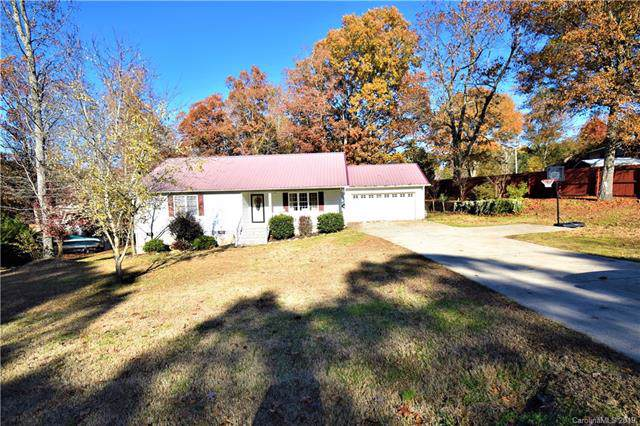 3980 Henry Dellinger Road, Maiden, NC 28650 (#3571423) :: LePage Johnson Realty Group, LLC