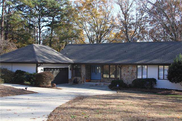 3525 Windbluff Drive, Charlotte, NC 28277 (#3571613) :: Stephen Cooley Real Estate Group