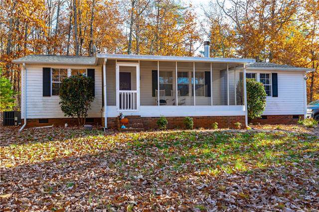 6255 George Hildebran School Road, Hickory, NC 28602 (#3571740) :: Stephen Cooley Real Estate Group
