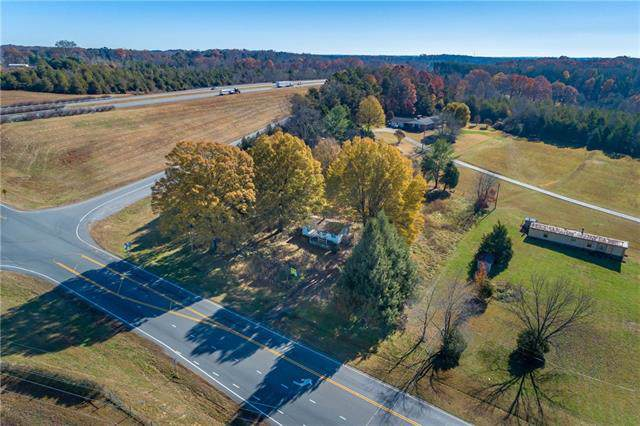 3371 Nc 10 Highway W, Newton, NC 28658 (#3571910) :: LePage Johnson Realty Group, LLC