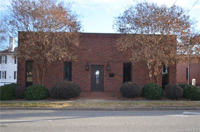 130 N Tradd Street, Statesville, NC 28677 (#3571944) :: High Performance Real Estate Advisors