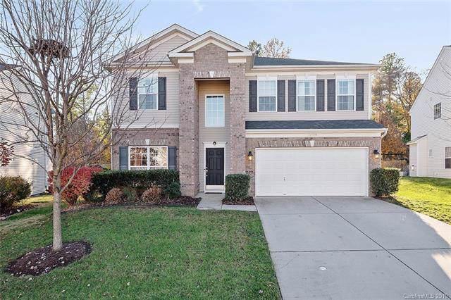 10228 Dominion Village Drive, Charlotte, NC 28269 (#3572181) :: LePage Johnson Realty Group, LLC