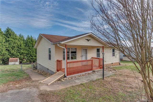 38 Pleasant Court, Flat Rock, NC 28731 (#3572273) :: Keller Williams Professionals
