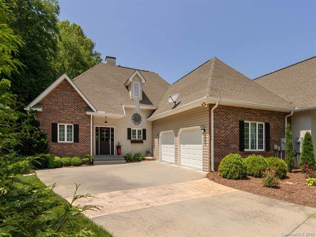 54 Spring Side Court, Hendersonville, NC 28791 (#3572686) :: Caulder Realty and Land Co.