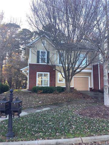 15240 Coventry Court Lane, Charlotte, NC 28277 (#3572997) :: Stephen Cooley Real Estate Group
