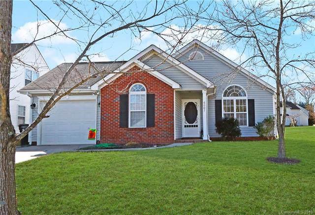 6007 Patricia Ryan Drive, Charlotte, NC 28216 (#3573073) :: Francis Real Estate