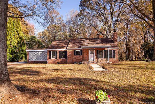 6230 Williams Road, Charlotte, NC 28215 (#3573085) :: TeamHeidi®