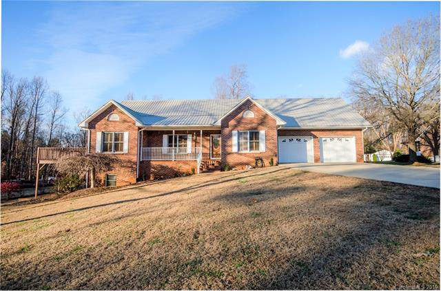 194 Beech Brook Lane, Statesville, NC 28625 (#3573311) :: Mossy Oak Properties Land and Luxury
