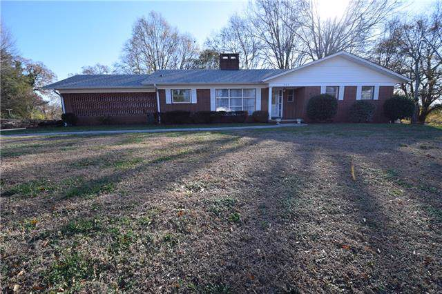 843 6th Avenue SW, Hickory, NC 28602 (#3573596) :: Washburn Real Estate