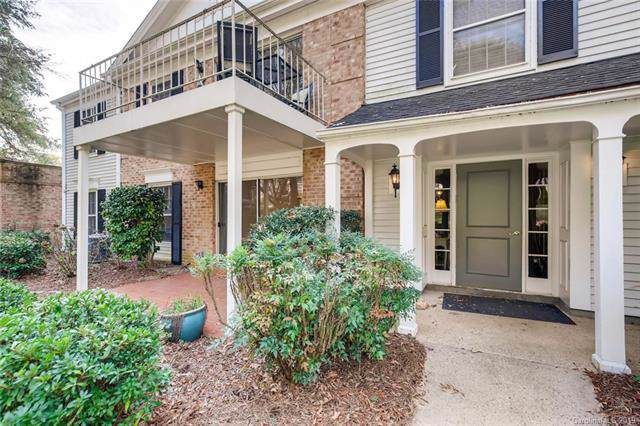7231 Quail Meadow Lane, Charlotte, NC 28210 (#3573604) :: TeamHeidi®