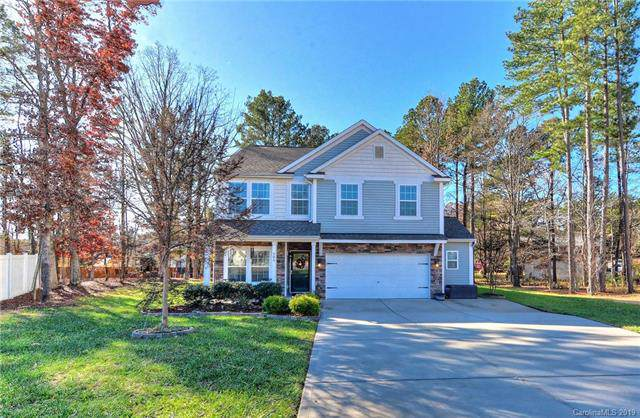205 Hillcrest Court, Matthews, NC 28104 (#3573720) :: Zanthia Hastings Team