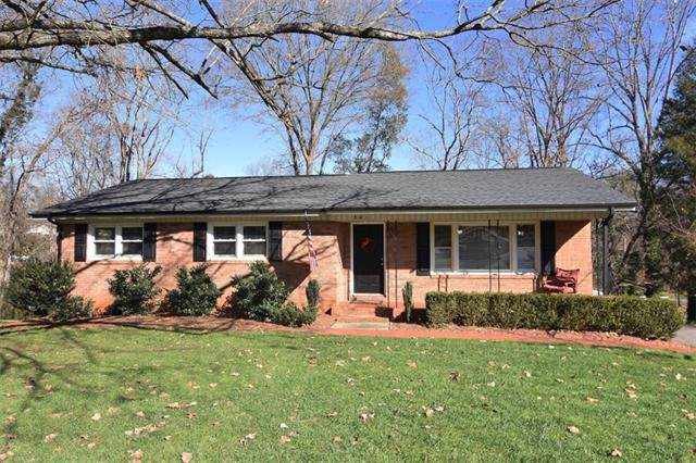 401 S Cedar Avenue, Newton, NC 28658 (#3573757) :: Zanthia Hastings Team