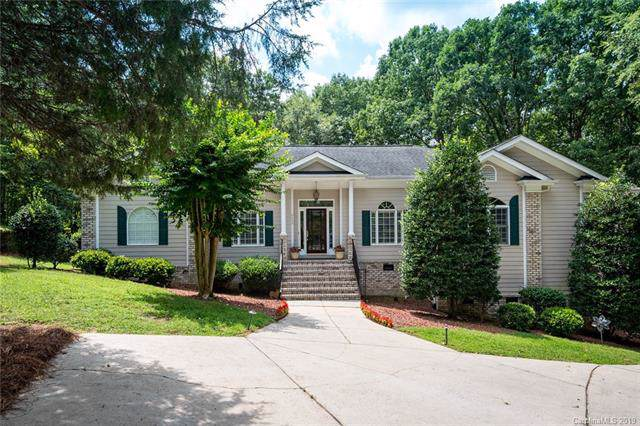 2635 Lynbridge Drive, Charlotte, NC 28226 (#3573758) :: Team Honeycutt