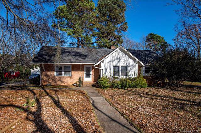 1932 Hempstead Road, Rock Hill, SC 29732 (#3573912) :: The Andy Bovender Team
