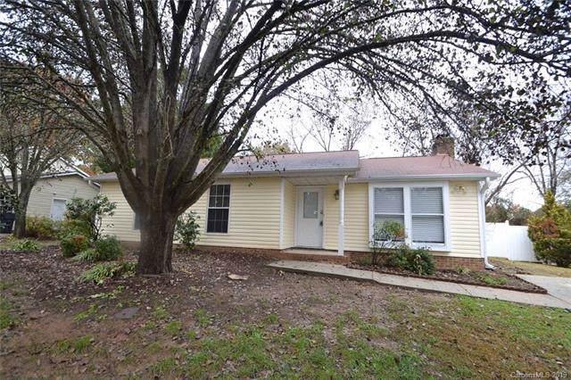 427 Vista Grande Circle, Charlotte, NC 28226 (#3574295) :: Homes with Keeley   RE/MAX Executive