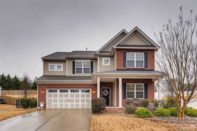 155 E Warfield Drive, Mooresville, NC 28115 (#3574350) :: Charlotte Home Experts