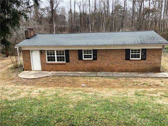 1065 16th Street SE, Hickory, NC 28602 (#3574617) :: The Ramsey Group
