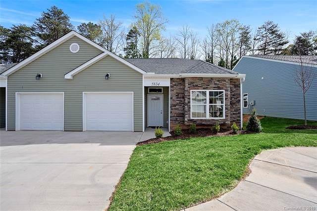 5834 Bradford Lake Lane, Charlotte, NC 28269 (#3574636) :: Keller Williams Biltmore Village
