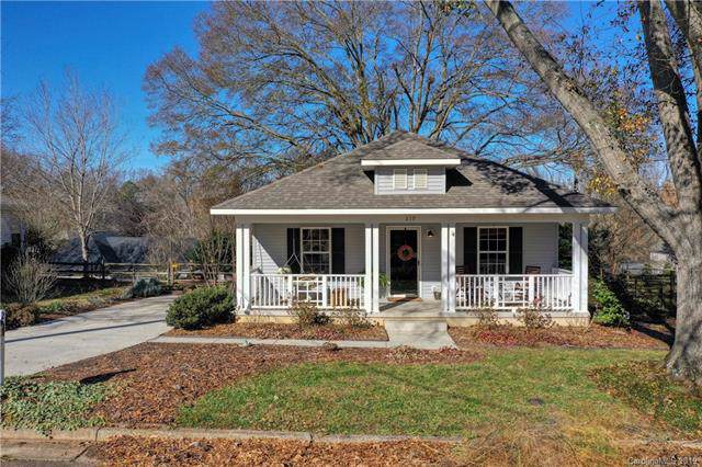 219 Sixth Street, Belmont, NC 28012 (#3574780) :: Homes Charlotte