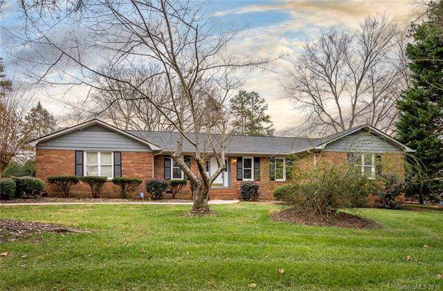 4000 Five Oaks Court, Mint Hill, NC 28227 (#3574877) :: Puma & Associates Realty Inc.