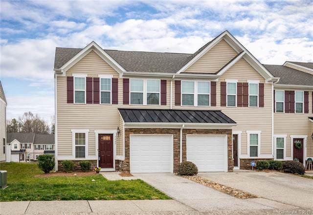 7427 Red Mulberry Way, Charlotte, NC 28273 (#3574927) :: Carver Pressley, REALTORS®