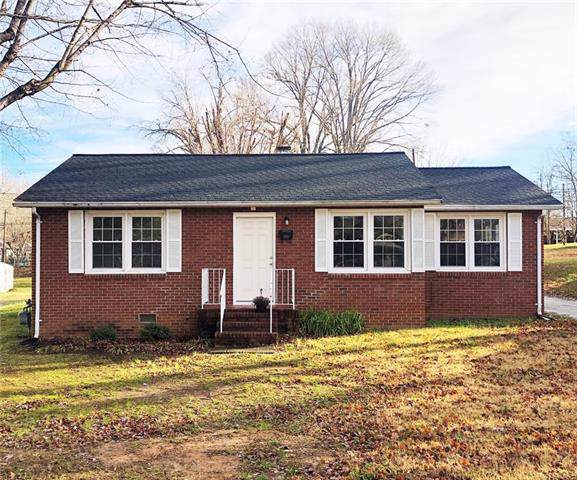 134 34th Street NW, Hickory, NC 28601 (#3575079) :: Stephen Cooley Real Estate Group