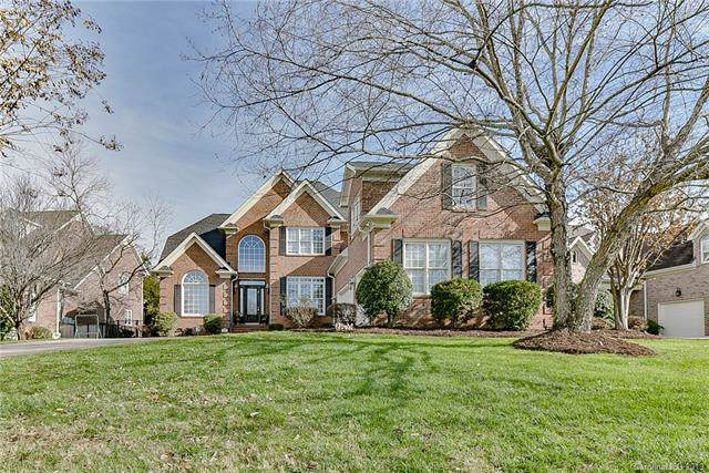7617 Windaliere Drive, Cornelius, NC 28031 (#3575139) :: Scarlett Property Group