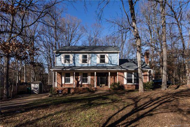 11129 Timber Hill Court, Charlotte, NC 28226 (#3575228) :: Mossy Oak Properties Land and Luxury