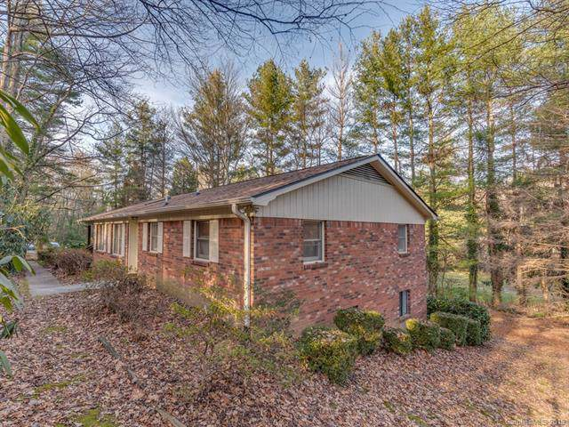 116 Long John Drive, Hendersonville, NC 28791 (#3575318) :: Roby Realty