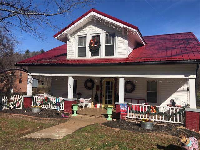 1904 Valway Road, Lenoir, NC 28645 (#3575540) :: Carlyle Properties